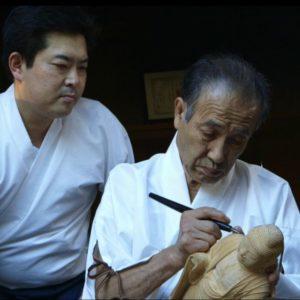 Carving_the_Divine_-_Seki_and_Saito